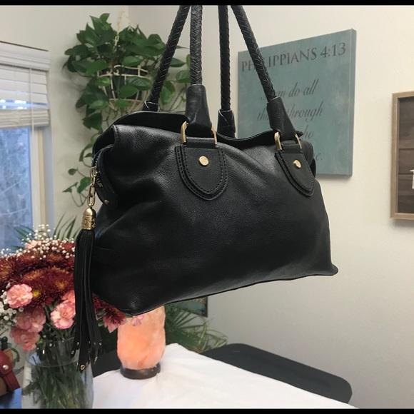 Cole Haan Handbags - Cole Haan black leather purse